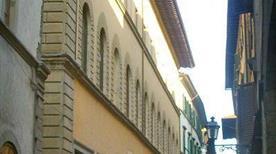Palazzo Salviati - >Firenze