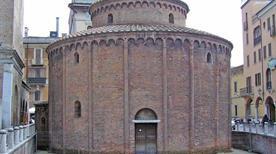 Rotonda di San Lorenzo - >Mantova