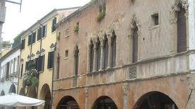 Casa Olzignani - >Padova