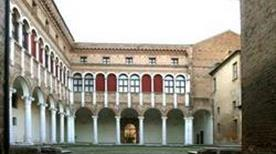 Museo Archeologico Nazionale - >Napoli