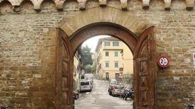 Porta San Miniato - >Firenze