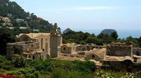 Certosa di San Giacomo - >Capri