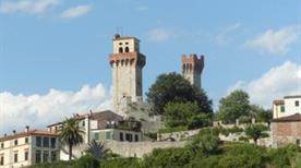 Castello di Nozzano - >Lucca