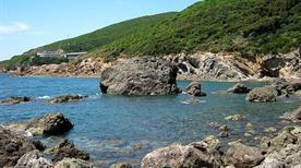Spiaggia Cala Leone - >Livorno