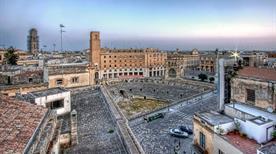 Piazza Sant'Oronzo - >Lecce