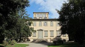 Villa Bottini - >Lucca