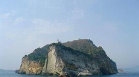 Spiaggia di capo miseno - >Bacoli