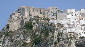 Castello Peschici - >Peschici