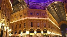 Galleria Vittorio Emanuele II - >Milano