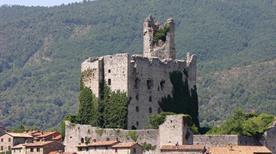 Castello di Pierle - >Cortona