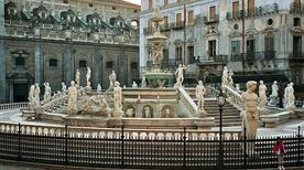 Fontana Pretoria - >Palermo