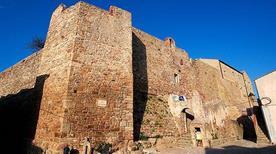 Rocca Aldobrandesca - >Giglio Isola