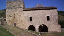 Abbazia di S.Bartolomeo - >Carpineto della Nora