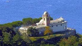 Santuario della Madonna di Montenero - >Riomaggiore