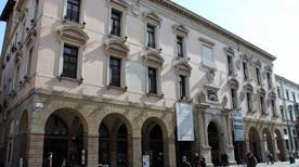 Palazzo del Bo - >Padova