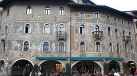 Palazzo Cazuffi - >Trento