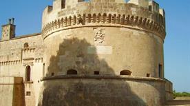Castello di Acaya - >Vernole