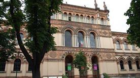 Museo di Storia Contemporanea - >Milano