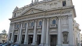 Basilica dell'Incoronata Madre del Buon Consiglio - >Napoli