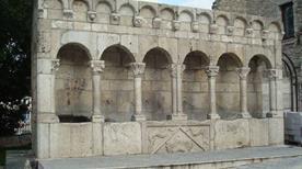 Fontana Fraterna - >Isernia