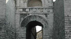 L'Arco Etrusco o di Augusto - >Perugia
