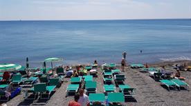 Bagni Catainin - >Genova