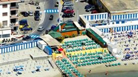 Bagni Spinnaker Beach Resort - >Imperia