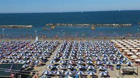 Bagno 10 Cecco - >Bellaria-Igea Marina