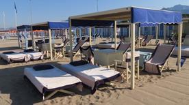 Bagno Montecristo Levante - >Forte dei Marmi
