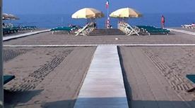 Bagno Raffaelli - >Forte dei Marmi