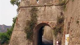 Forte San Giacomo - >Porto Azzurro