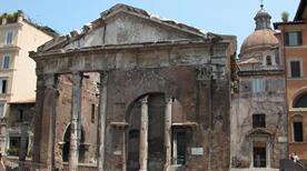 Portico d'Ottavia - >Rome