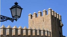 Castel Chizzola ruderi - >Ala