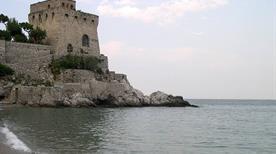 Torre di Cetara - >Cetara