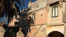 Castello Petraroli - >Melendugno