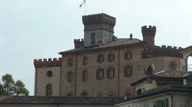 Il Castello di Barolo - >Barolo