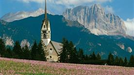 Chiesa di S. Giovanni - >San Giovanni di Fassa