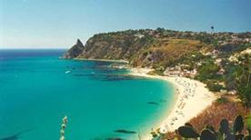 Spiaggia del Cavaliere - >Tropea