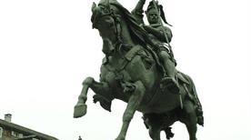 Monumento Emanuele Filiberto - >Turin