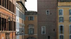 Torre del Grillo - >Rome