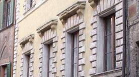 Palazzo Pannilini Zuccantini - >Siena