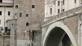 Torre Caetani - >Rome