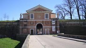 Porta San Donato - >Lucca