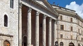 Tempio di Minerva - >Assisi