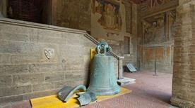 Loggia del Giudice - >San Gimignano