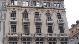 Palazzo Modello - >Trieste