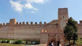 Cittadella Porta Nord - >Parma