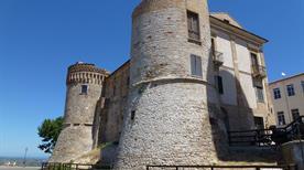 Castello Monteodorisio - >Monteodorisio