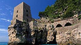 Torre Clavel - >Positano