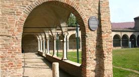 Chiostro di San Francesco - >Cesena